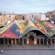 Benedetta Tagliabue . EMBT. Mercado Santa Caterina, Barcelona, 2005.