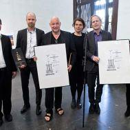 Entrega de Premios Mejor Edificio de Estocolmo 2015. De izquierda: Roger Mogert , Per Vennerström , Gert Wingårdh , Karolina Keyzer, Mikael Åslund, Anna Svensson.